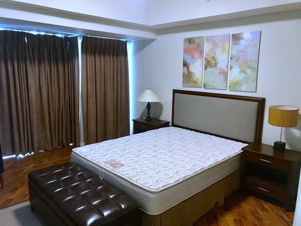 Manansala Tower 1BR Rockwell FOR RENT Spacious unit, Makati