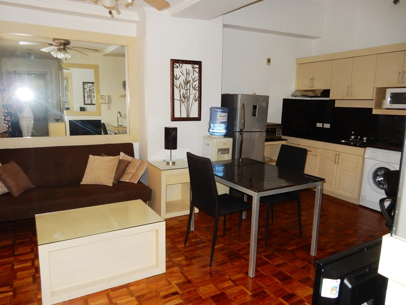 Makati 1 Bedroom condo for rent renovated at BSA Tower