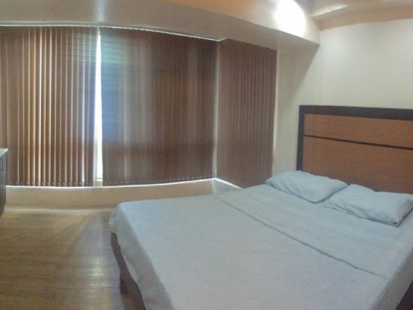 Asia Tower 1BR Apartment & Condo Rentals, Legazpi Village