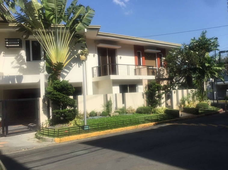 For rent palm village in Makati City unfurnished
